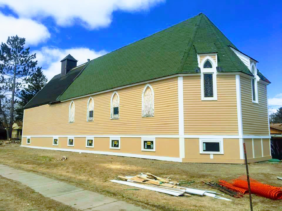 New Siding on Lake Vermilion Cultural Center